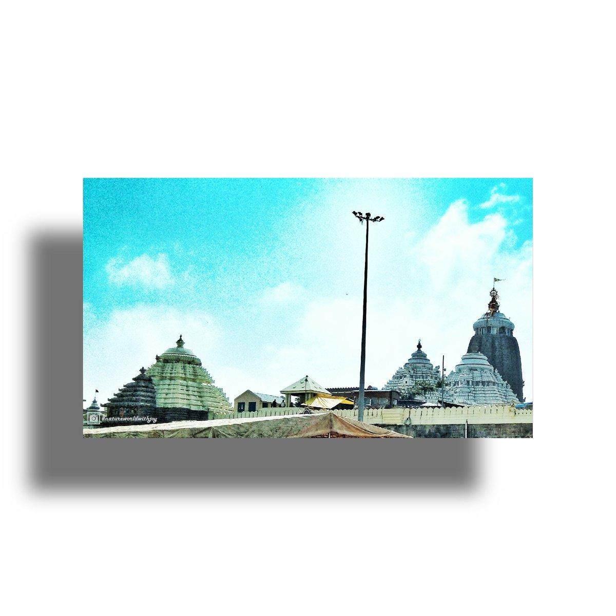 Jay Jagarnath.🙏Jagarnath temple Puri.❤ #natureworldwithjoy #storisofodisha #purijagannadh #jagannathtemple #puri #rathyatra #jaijagannath #jagannath #lordjagannath #harekrishna #odisha #india #temple #krishna #jagannathpuri  #jagannathswami #justkalinga #tantric #sanatana https://t.co/TwwakHaCZv