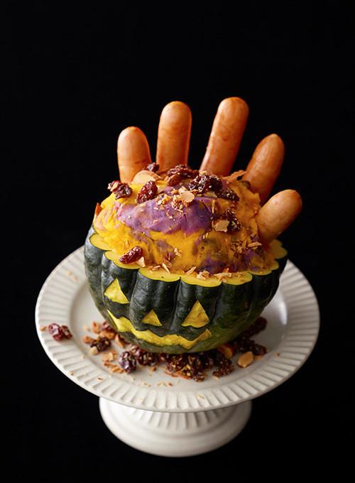 /Trick or パリッと!\オドロキの見た目は、パーティーの主役に間違いなし😖見た目も鮮やか、かぼちゃに紫いものマーブルサラダ👻ハロウィンは