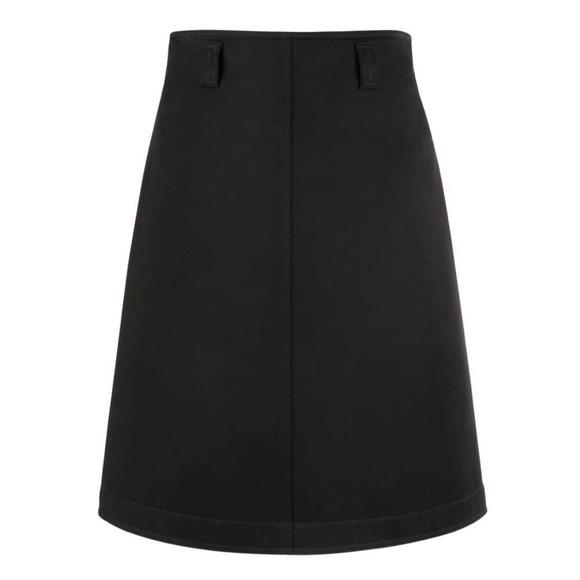 So good I had to share! Check out all the items I'm loving on @Poshmarkapp from @Brittsposhpage #poshmark #fashion #style #shopmycloset #courreges #pinkrose #pinkvictoriassecret: https://t.co/sTuoCWGkK5 https://t.co/L3FQEbxgTk
