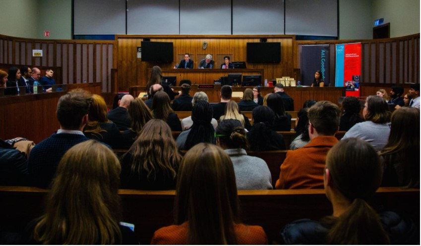 We are again supporting @DCU as they host the annual inter varsity National Moot Court Competition. It will be held virtually this year and will have a focus on medical negligence. Law students from Ireland & the UK can enter by emailing nationalmoot@gmail.com by 5pm on 26 Oct. https://t.co/wyni6G4flq
