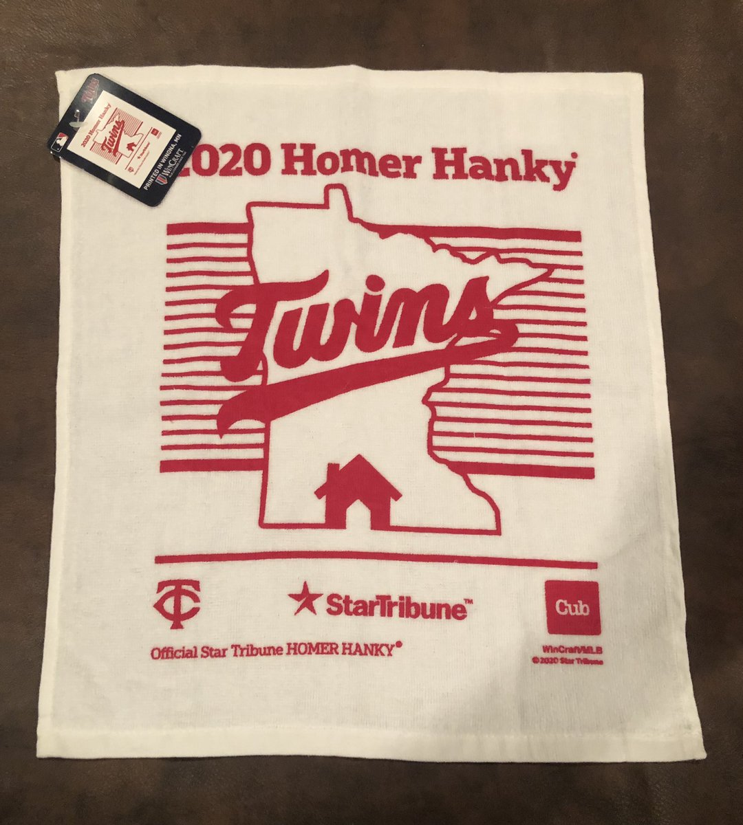 Had one more 2020 #MNTwins Homer Hanky laying around. Unfortunately it went unused.  Can be yours though.  RT to enter, must be following to win.