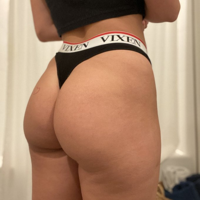 Vixen Angel Panty by @karleegreyxxx https://t.co/siO5ow0S5W Find it on #ManyVids! https://t.co/fQpoy