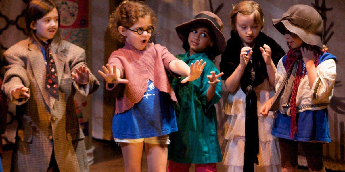 Bisognerebbe fare teatro nelle scuole, perché l'esercizio di mettersi nei panni degli altri ci può far diventare una società migliore.  Elio Germano https://t.co/FvPLUXqhhM
