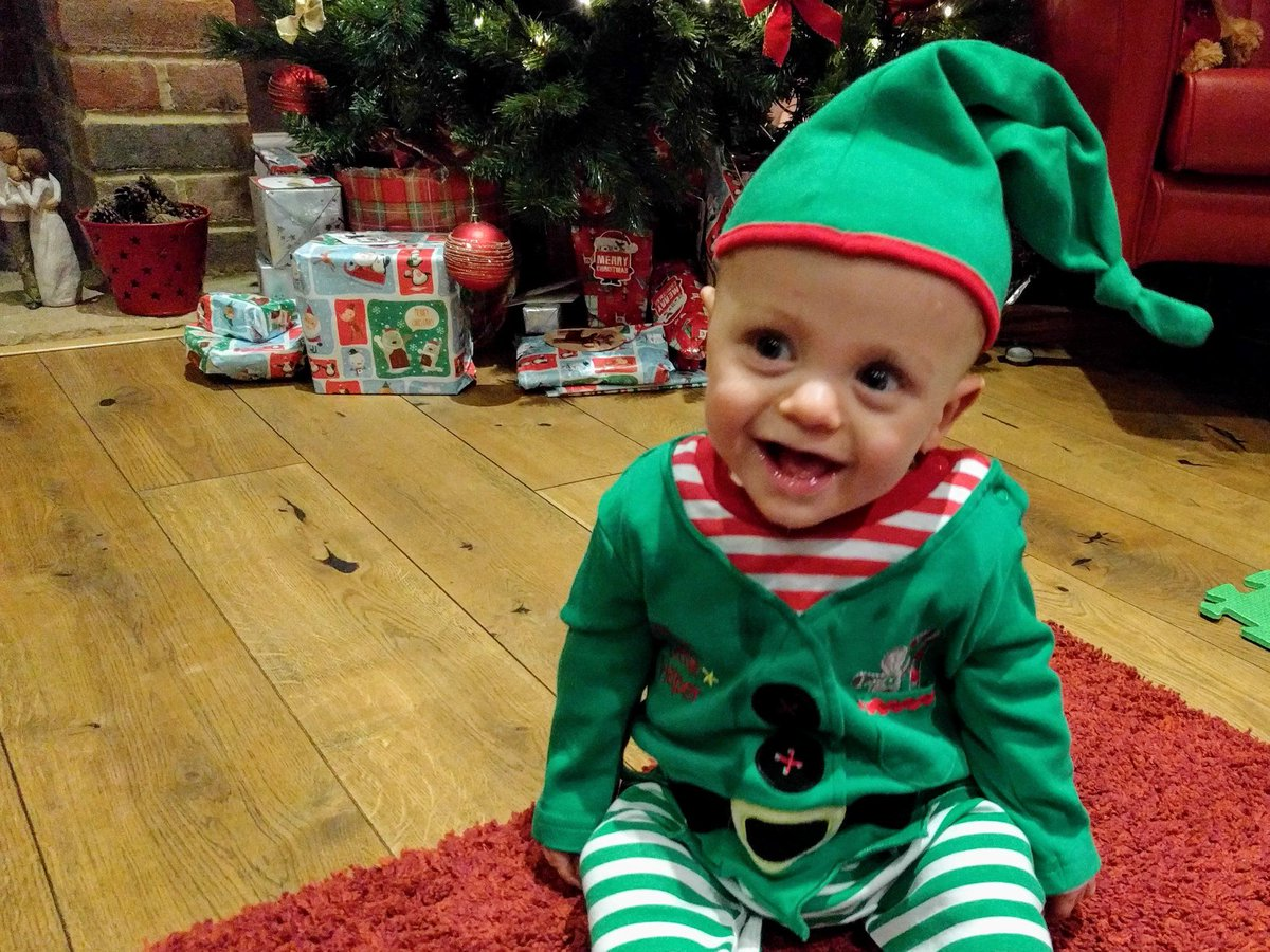 Would you like your child's art on our Christmas cards?☃ If they were born premature or sick, ask them to draw a design & we'll pick one for our new cards! Please send a photo of the design to media@bliss.org.uk by 26/10 with your child's name & reason for their neonatal stay https://t.co/YavBnHq2CK