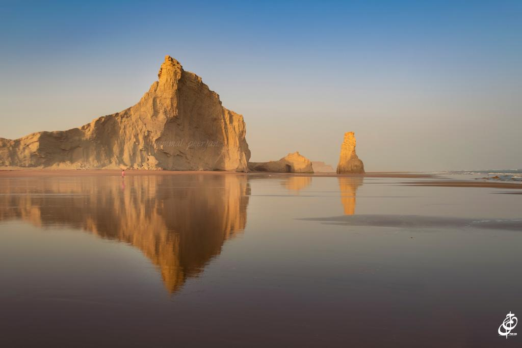 """boji koh"" Sapat beach 🌹 One of the most beautiful beach 😍 Majestic balochistan ♥️ https://t.co/eGUt4CZI7B"