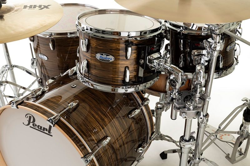 """New Limited Finish """"Bronze Oyster"""" Delmar wrap on Masters Maple Complete. The tone and the sustain that 5.4mm 100% Premium Maple SST shell and all the Pearl genuine parts bring you are another level. Experience the unparalleled sound and value. https://t.co/x6FoLOuywi https://t.co/dzbO0GcuVL"""