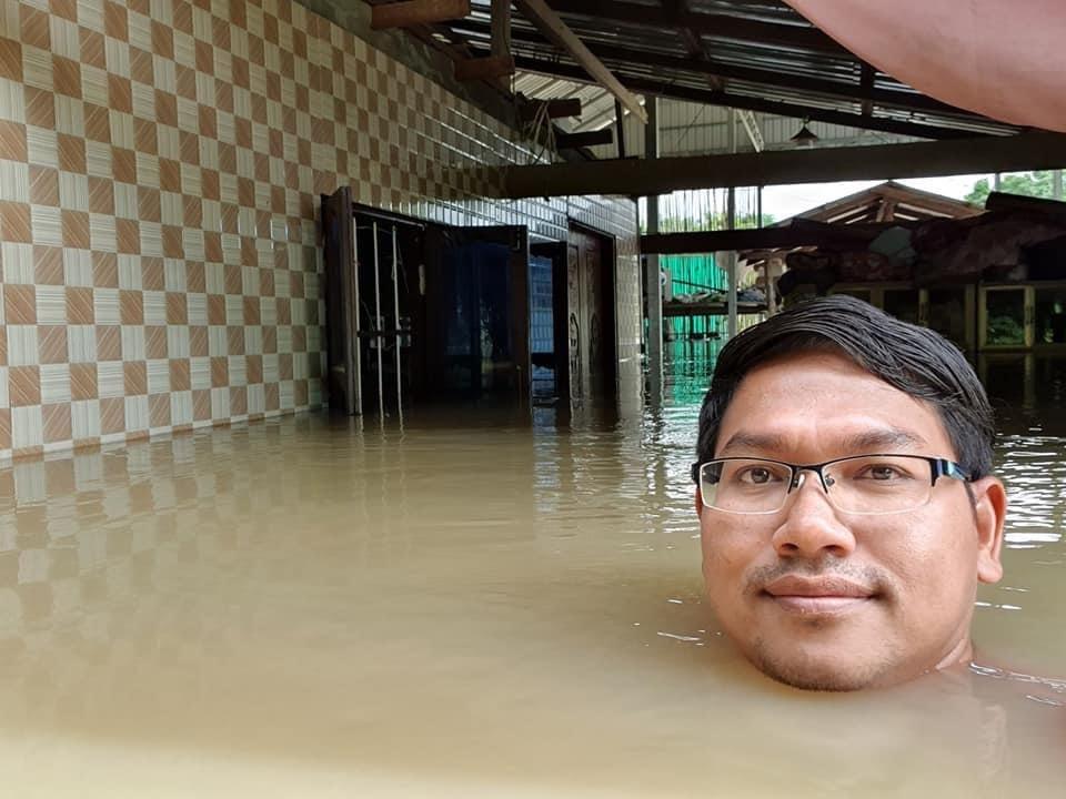カンボジアは今洪水で凄い事になっているのだけど、友人のFBを見てるとみんな本当ポジティブ。 なぜこんな凛々しい顔でセルフィーできるのだろう…笑 ほんと見習いたい。 あとそこら中でワニが溢れててみんな笑いながら写真撮ってて凄い