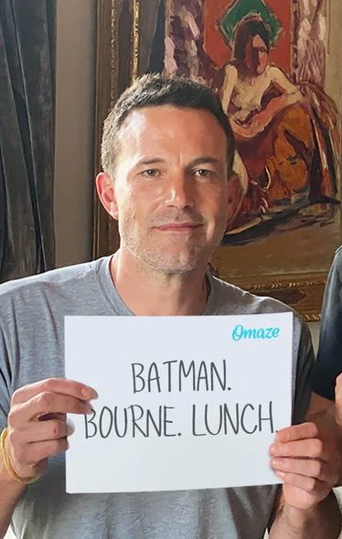 Lunch or ride? Help @EasternCongo and @Water  Here and win a Batlunch 😱 https://t.co/sdH0URVg5Y https://t.co/vS8lVU8SJR