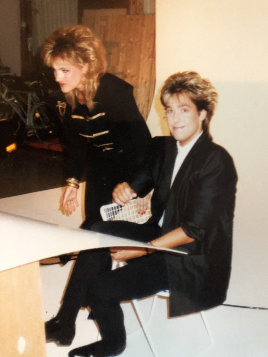 Found this pic. From the very first photosession for