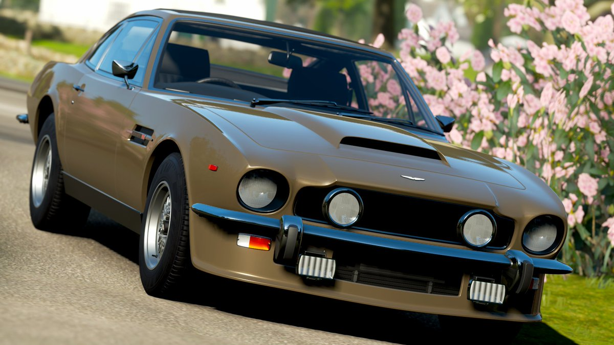 Car 554 - 1986 James Bond Edition Aston Martin V8  #ForzaHorizon4 #ForzaShare #Xbox #Forza #HorizonPromo https://t.co/l6u9eEGLzj