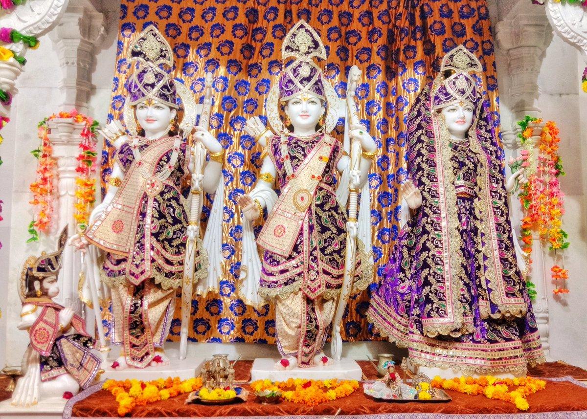श्री राम मंदिर, प्रभास क्षेत्र - गुजरात (सौराष्ट्र) दिनांकः 17 अक्तूबर 2020, आश्विन शुक्ल प्रतिपदा - शनिवार  मध्याह्न शृंगार 10202816 https://t.co/MXc7h7OK7g