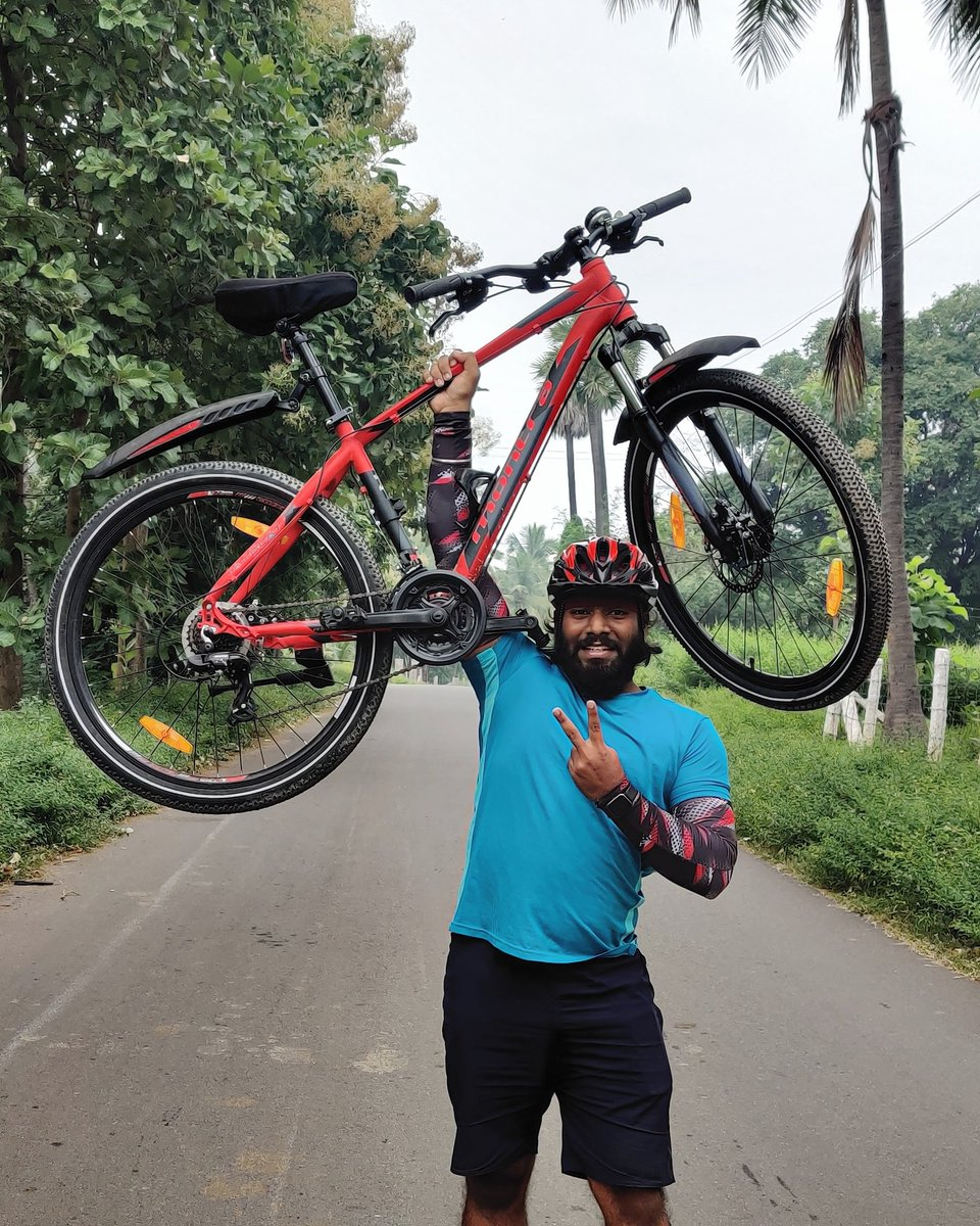 SomeTimes This Is ALL YoU Need...! #cycling #cyclinglife #cyclingphotos  #cyclinglifestyle #cyclingworkout #cyclist  #montracycles #montrabackbeat  #bicycling #roadbikelife #cyclingaddict  #worldbicycleday #cyclingtips  . . . @arya_offl @Live_2_Pedal  @MontraBicycles https://t.co/FYxSs0nzTN