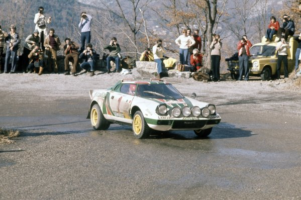 #StratosSaturday #Montecarlo rally 1977 #Lancia Stratos HF Sandro Munari / Silvio Maiga First position https://t.co/Qs4Jq0NcZk