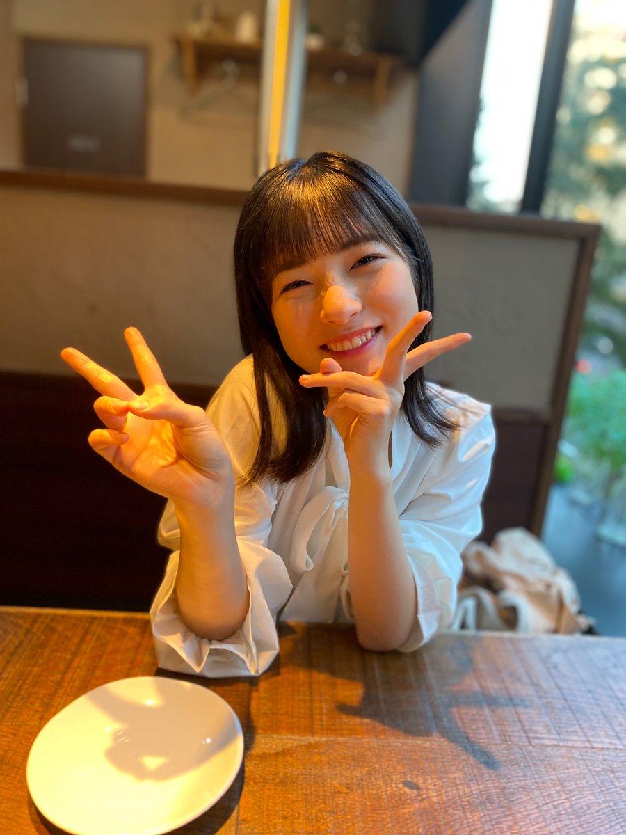【15期 Blog】 雨の日は歩くだけでつかれる 北川莉央: ٩( ᐛ…  #morningmusume20 #ハロプロ