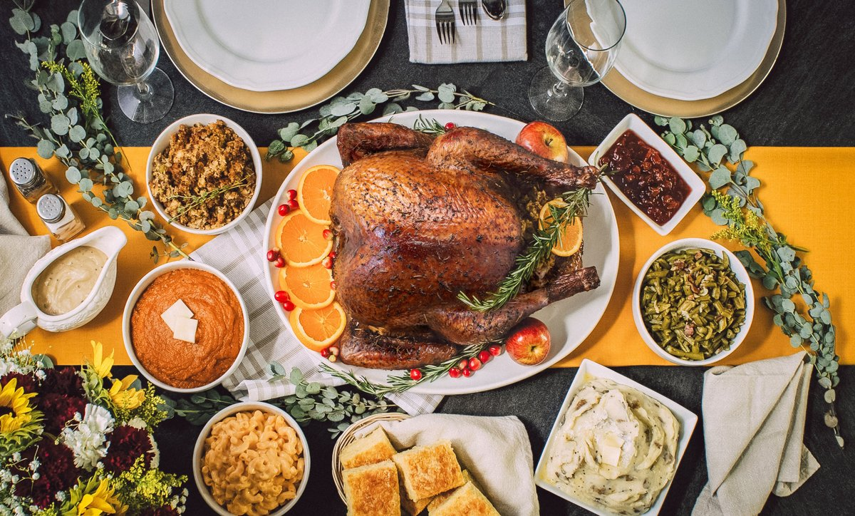 ICYMI: We are now accepting pre-orders for Thanksgiving! Order your entire meal from meats to sides and desserts from 4R and pick it up cold on Nov. 25 for an easy reheat on Thanksgiving day. Tap https://t.co/nAui3UIzlq to order online or give us a call at 844-4RIVERS. https://t.co/jspIsDAQB3