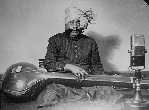 #A is for #Ustad #Abdul Wahid #Khan! Check out an #archival #audio #recording of a #collection of #compositions in #Raga Darbari Kanhra, from the #repository of @NCAA_PMU:  https://t.co/gPm6myrgHW   #ExploreYourArchive #ArchivesAtHome #SharedHeritage #OpenAccess #ArchiveZ #AtoZ https://t.co/v2nBxB1kxu