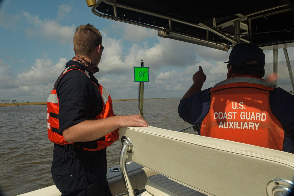 A joint active duty and @USCGAux crew (Team Alpha) conducted post storm port assessments in the Intracoastal Waterway and Vermillion Bay documenting and reporting damaged and missing aids to navigation and potential pollution in areas caused by #HurricaneDelta. #USCGDelta