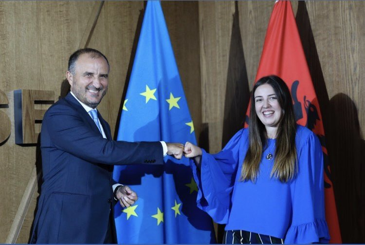 @bau_polsir graduate (class of 2016) Erisa Zemzadja is appointed as Young European Ambassador of Albania to the European Union. We congratulate Erisa for this great appointment and her future work on  social inclusion and human rights. @webalkans_eu @bauiisbf @Bahcesehir https://t.co/GVd09iLG3E
