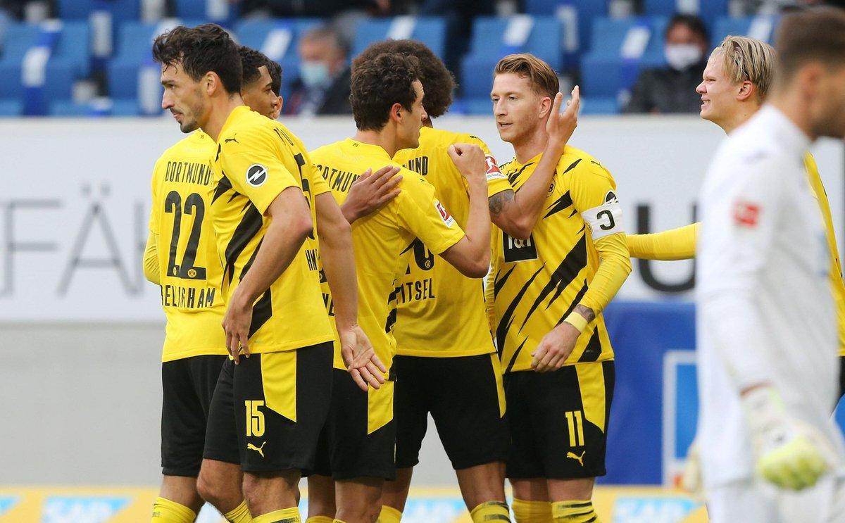 🙌🏻 Dank Joker Marco #Reus beendet der #BVB seine schwarze Serie gegen #Hoffenheim. #Dortmund springt auf Rang zwei - sorgt sich nach dem 1:0 aber um Lukasz #Piszczek.  🧮 Die Analyse von @klavi75: https://t.co/MhsfT6XQWd #TSGBVB (Foto: imago) https://t.co/xZ14nPTXqW