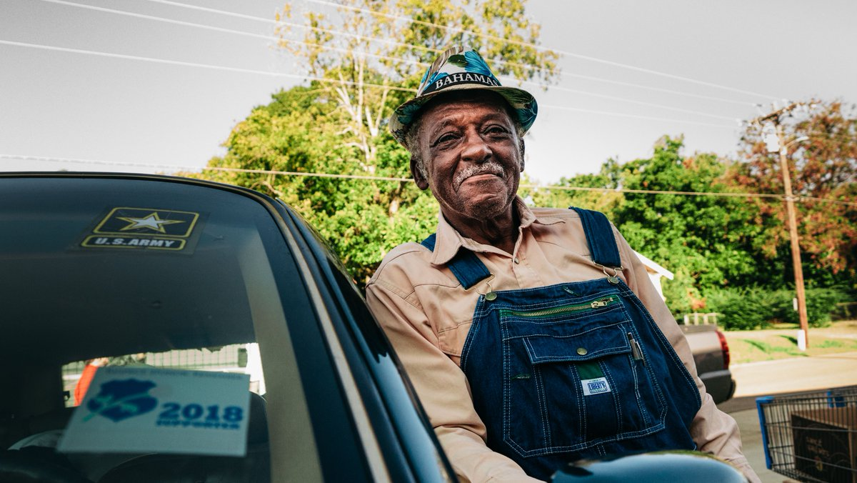 """""""We'd be hungry if it wasn't for this food. We appreciate it very much."""" -Sherman, an 85-year-old retired school bus driver.   Seniors are some of the most vulnerable people to hunger. You can help us put food on the table for your neighbors like Sherman. https://t.co/YWORKL0CWO https://t.co/Zj3xrVlU4r"""