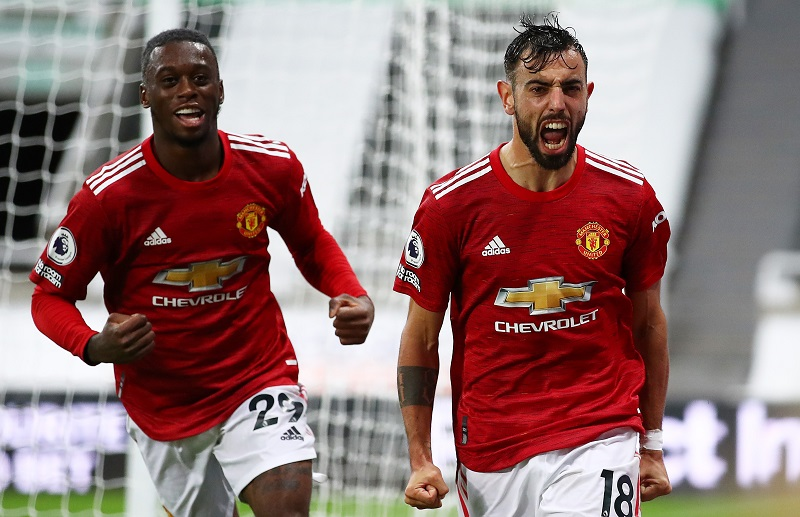 Manchester United got back to winning ways in the Premier League with a come-from-behind 4-1 victory over Newcastle United. #SLInt Full story: bit.ly/2GZQI6T