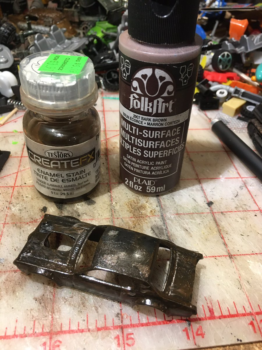 #gaslands #toymods #tabletopgaming #TTRPG #carwars My first glue burn and brown wash under blow torch - thoughts ?? It's far shinier than I thought it would be - https://t.co/8noqNtiHFN