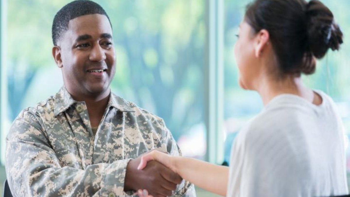 Are you a Service member or #Veteran looking for work? Apprenticeship is a rewarding pathway to developing workplace & technical skills. You can receive an industry-recognized credential, get credit for a degree, and connect with mentors. Learn more: https://t.co/BLJ7MpD5Ku https://t.co/Kl6rARbXeV