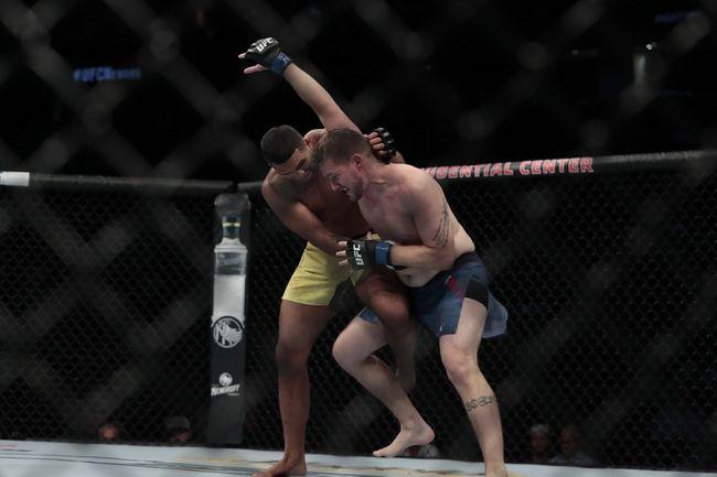 UFC Fight Night 180: Krause vs. Silva Picks, Odds, and Predictions https://t.co/lF0O9A0e5M #ufc #ufc249 #ufcfl #ufcjax #ufcfightnight #ufc176 #ufcvegas #ufc250 #ufcapex #gamblingtwitter #bettingtwitter #bettingtips #freepicks #espn #ufcfightnight180 #bettingexpert #bettingpicks https://t.co/AGo6JqE4Pb
