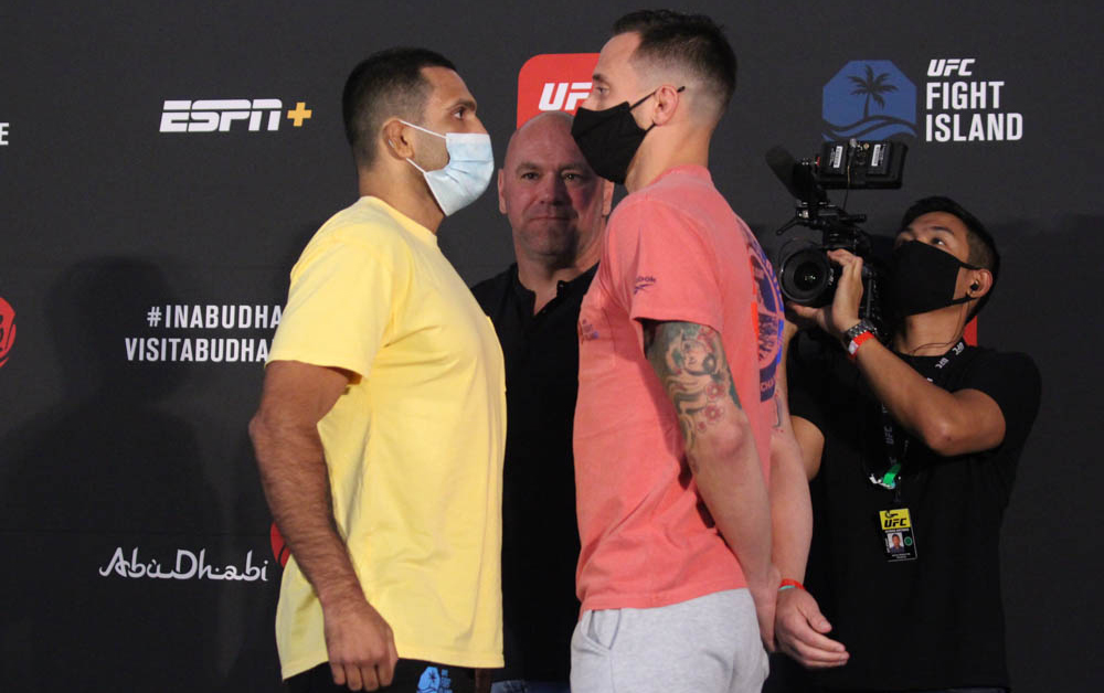 James Krause {-165} DEFEATS Claudio Silva {+145} via 3 round #DECISION on #UFCOVID19. Will Go 3 Rounds {-115} & Krause wins by decision {+170} hits! #GamblingTwitter #mma #UFCPicks #UFCPredictions #UFCOdds #UFCFightIsland6 #MMATwitter https://t.co/I0bYtbmk9K
