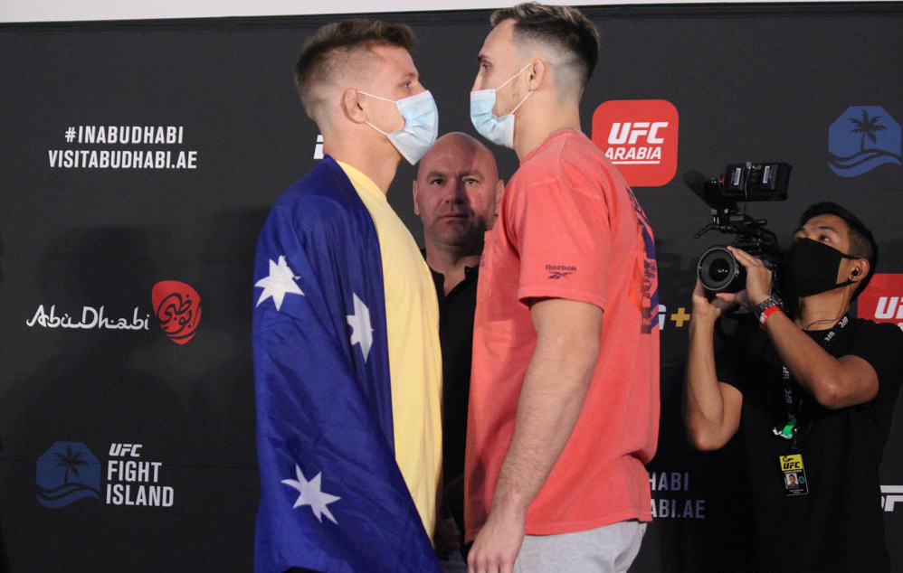 Jimmy Crute {-340} DEFEATS Modestas Bukauskas {+280} via 1 round #KNOCKOUT on #UFCOVID19. Won't Go 3 Rounds {-380} & Crute wins inside the distance {-170} hits! #GamblingTwitter #mma #UFCPicks #UFCPredictions #UFCOdds #UFCFightIsland6 #MMATwitter https://t.co/hOxFWMNl1N