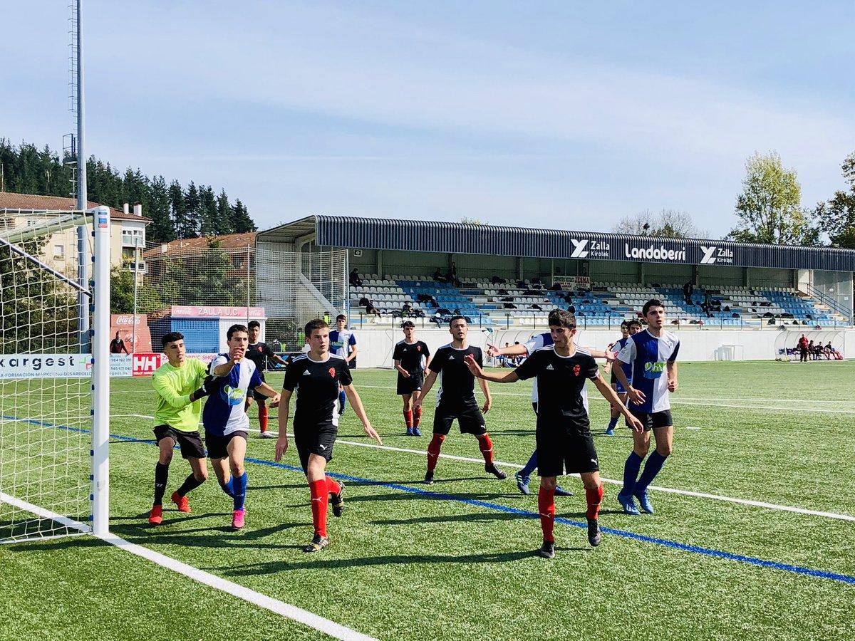 ✅ Otra gran mañana disfrutando con el fútbol base en Landaberri y San Miguel. 😍⚽️  Zalla Gu Gara !! 🔵⚪️ https://t.co/oDY3enGftu