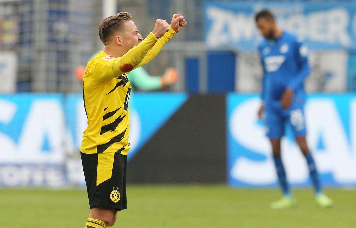 🙂 Borussia #Dortmund holt im vierten Saisonspiel den dritten Sieg. Beim 1:0 gegen #Hoffenheim überzeugen vor allem #Delaney, #Passlack und #Hitz.   🎯 Wählt jetzt den #BVB-Spieler des Tages: https://t.co/0bRlPfw41I #TSGBVB (Foto: imago) https://t.co/Trnk5uS5yb