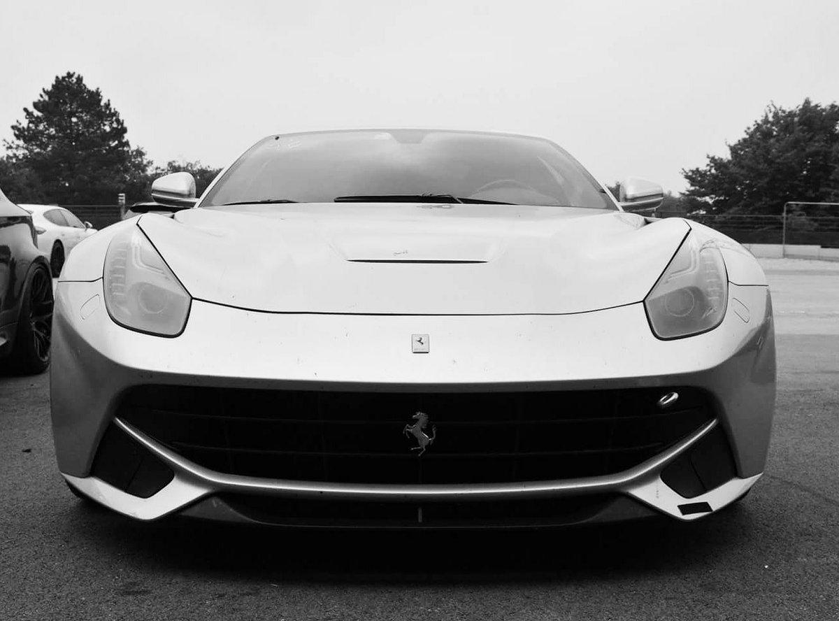 #PhotoOfTheDay - 17/10/2020 - #Ferrari #F12 , Dijon 2018 🇫🇷 📷 : @FerrariFM  #Hypercar #supercar  #car #sportscar #FerrariV12 https://t.co/kslbsDxtVN