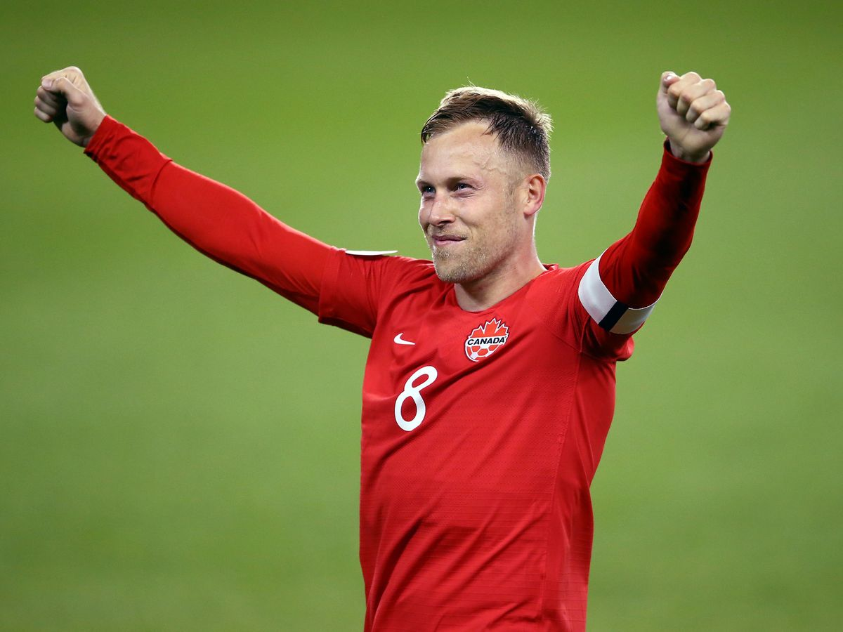 Hmm, haven't been and to corroborate comments made by #StevenGerrard about @RangersFC midfielder and #CanMNT captain, @scottyarf stepping away from the international game. #ScottArfield last capped vs #USMNT last November. #canadasoccer https://t.co/oFZg4rteCH https://t.co/qDOxLUK5zg