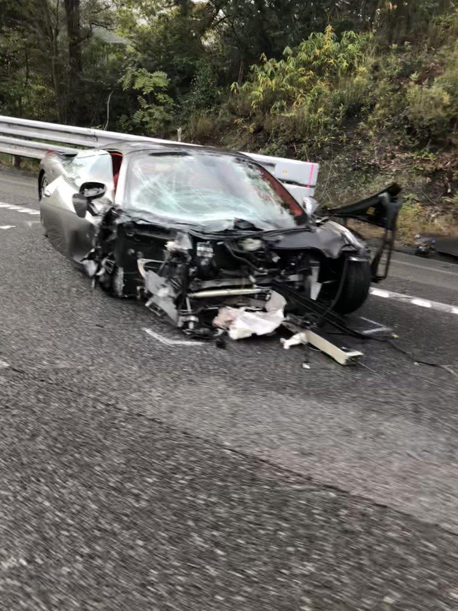 自動車 事故 中国 道