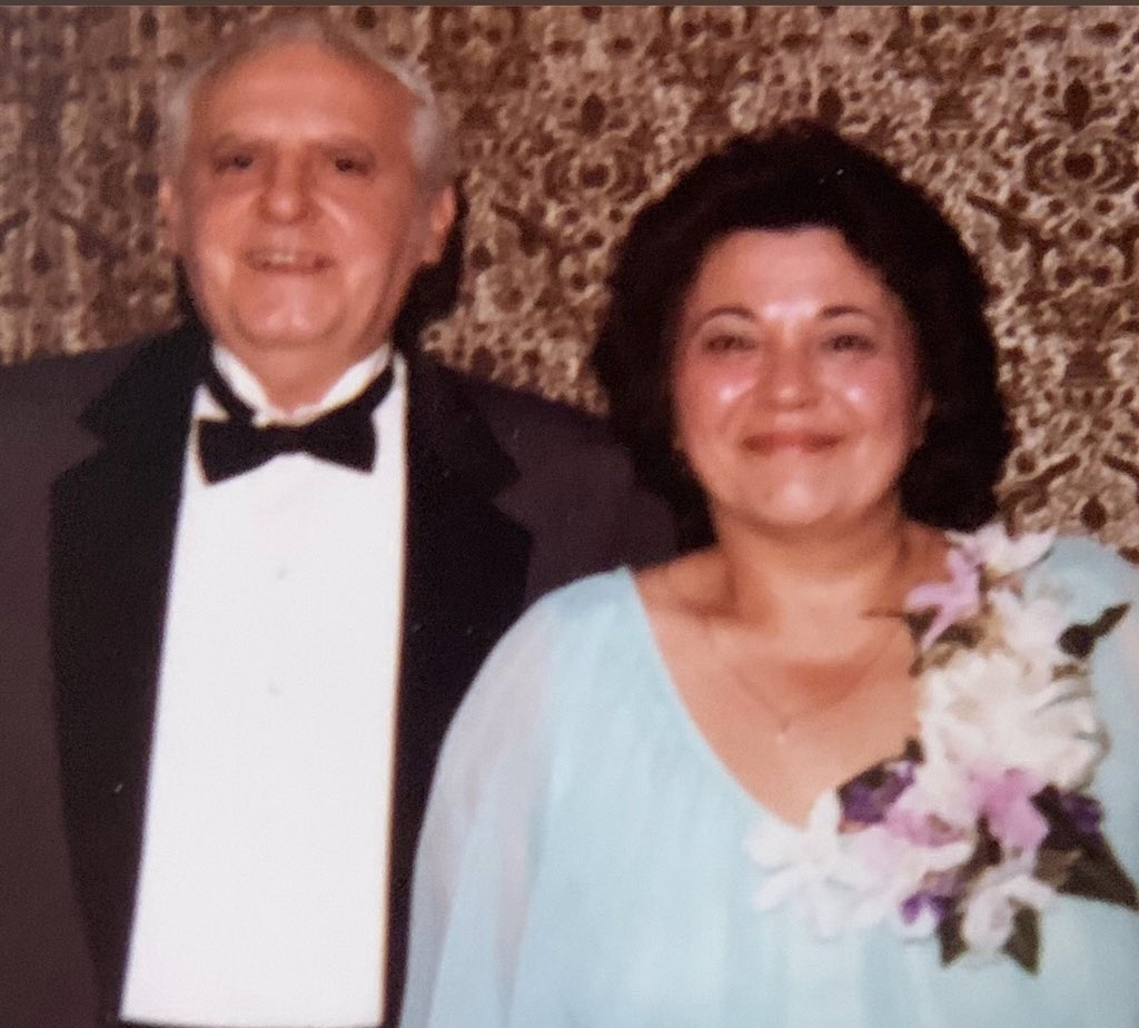 Profootballtalk On Twitter My Mom Died 25 Years Ago Today This Is Her With My Dad In July 1981 The Day Of My Sister S Wedding Cherish Your Parents While You Can Once