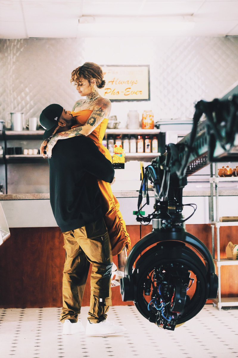 Bryson Tiller and Kehlani on the set of a new music video. https://t.co/5qE6CMxvuS