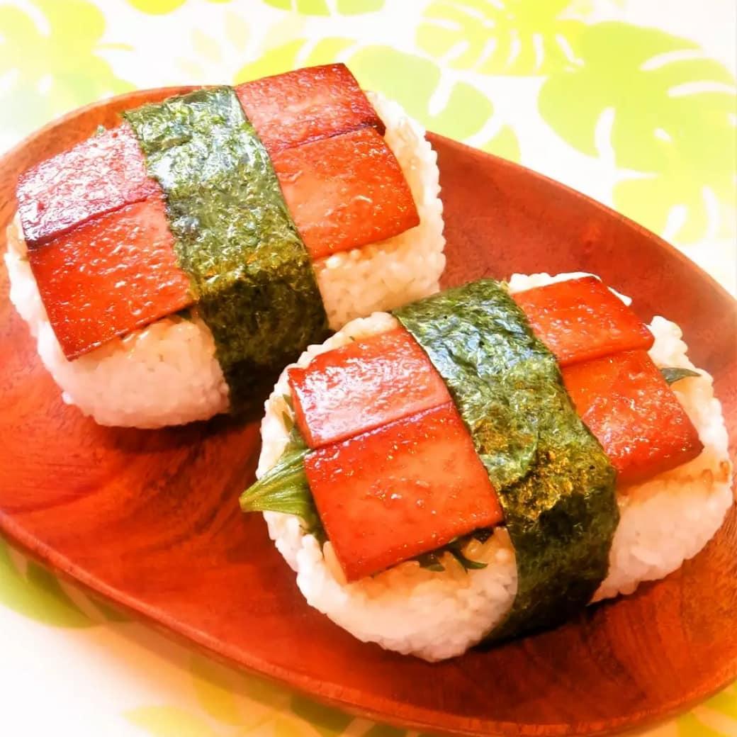 クックパッドで公開している私のレシピをご紹介♪☺簡単♪魚肉ソーセージで節約スパムむすび by hirokoh #OnigiriAction#料理好きな人と繋がりたい#Twitter家庭料理部 #お腹ペコリン部#おうちごはん #クックパッド #cookpad  #YouTube #おにぎり#ランチ#お弁当