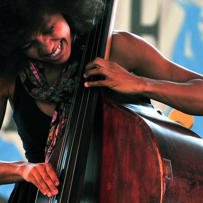 Happy birthday to the incredible bassist, Esperanza Spalding! Who\s a fan?