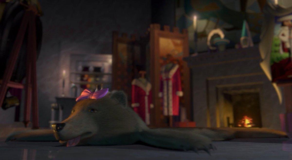 """Javier Sánchez on Twitter: """"13º- En Shrek (2001), podemos ver a la familia  de los 3 osos de el cuento de """"Los 3 Ositos"""" a punto de ser vendidos junto  con Asno."""
