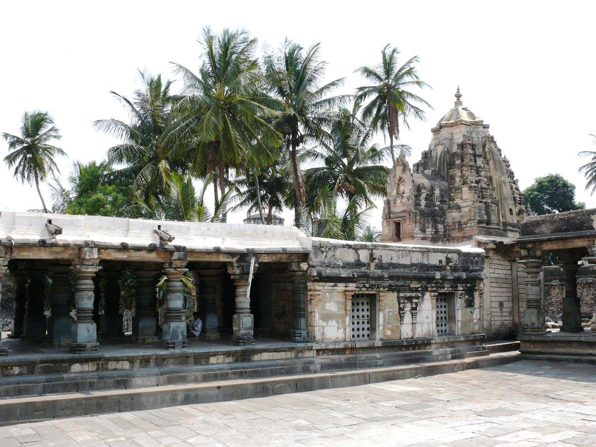 RT @Spurenwechsler: Fabelhaftes #Indien - der Hoysala-Tempel #Chennakeshvara in #Belur @Spurenwechsler https://t.co/Oq7pQdPxHy | https://t.co/w1KLRtWcDx #Reiseblog #slowtravel #Reisereportagen #Reisen #travelphotography #NaturePhotography #nature #outd… https://t.co/mz7c1HBBp8