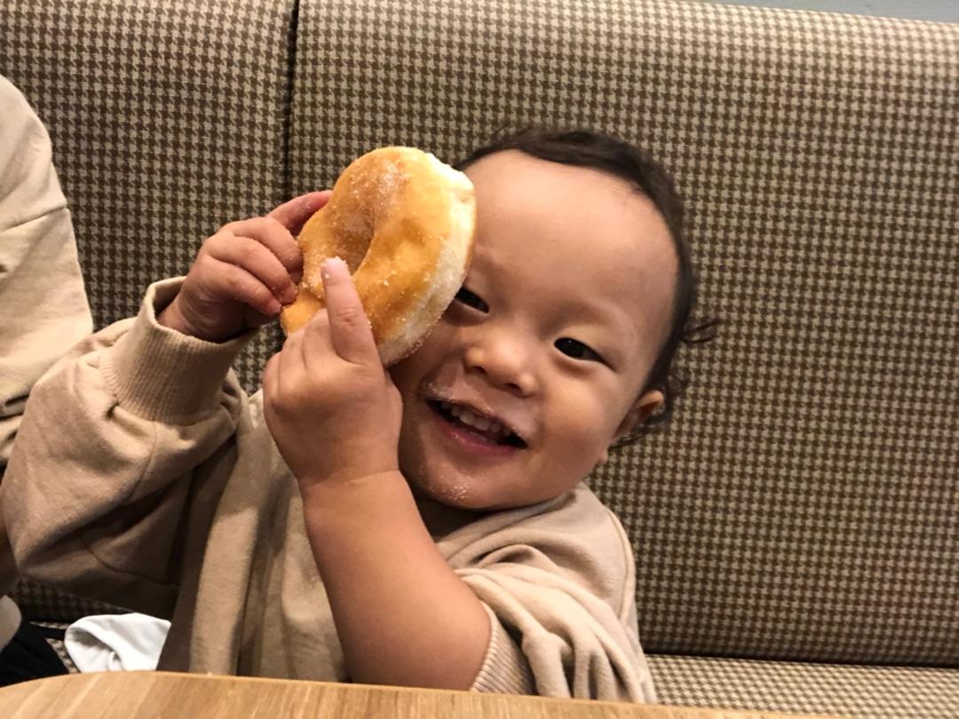 アメブロを投稿しました。うたくんとドーナツ◎#江原千鶴