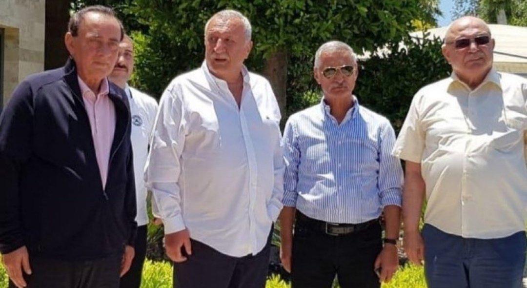 Organize suç örgütü liderliğinden hüküm giyen Alaattin Çakıcı, eski İçişleri Bakanı Mehmet Ağar, emekli Korgeneral Engin Alan ve emekli Albay Korkut Eken Bodrum'da bir araya geldi. https://t.co/UtyqHoBBct