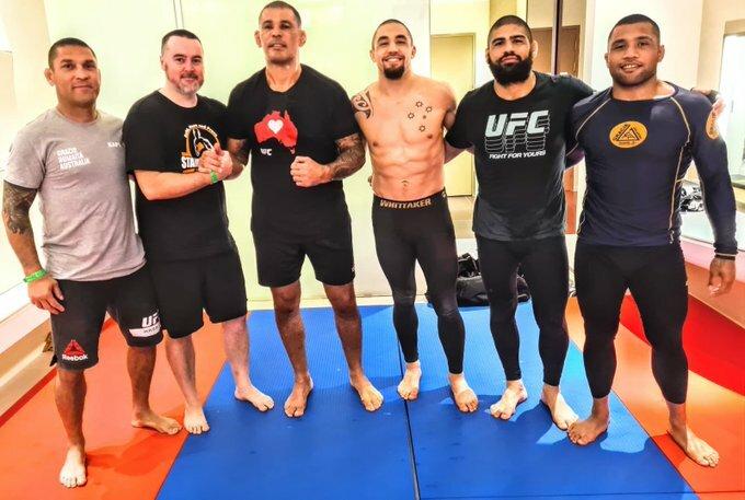 RT @robwhittakermma: Great to hang out mate. @Minotauromma #yasisland #inabudhabi #ufc254 @ufc https://t.co/Bu5W8f1rZk   #UFCFightisland3 #UFC252 #UFCFightnight #Bellator242 #UFC253 https://t.co/dSBRXlE1d7