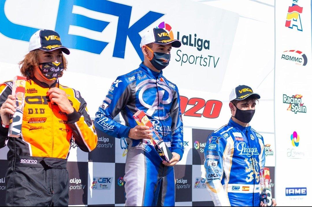🏁 Finaliza un apasionante fin de semana en Chiva, sede de la segunda prueba del Campeonato de España de Karting con la presencia del piloto profesional, @robertomerhi.  👉https://t.co/7OhKlpVU9B #KartingCEK #WeLiveForRacing https://t.co/iQ62aGlTYg