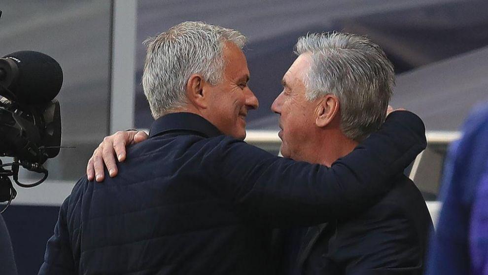 las 2 primeras posiciones de la Premier League están bien ocupadas. https://t.co/mYaEHxqGqy