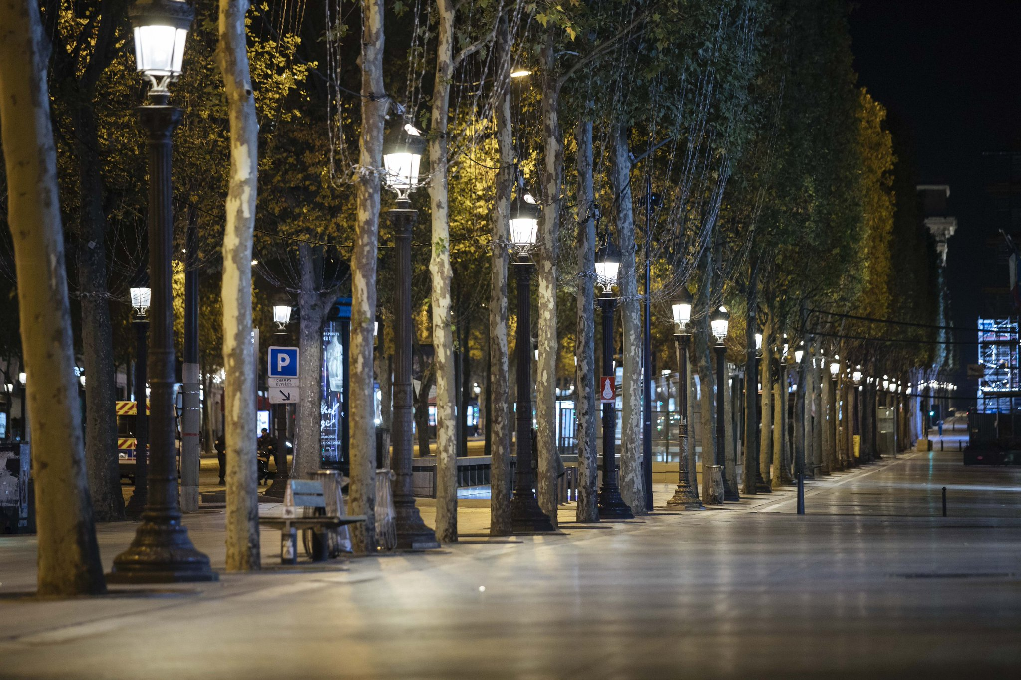 French virus curfew produces eerie quiet on streets of Paris Photo