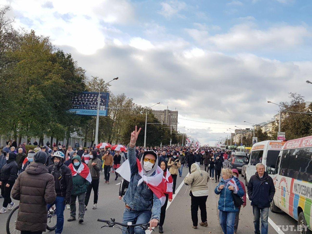 Лукашенко заявил о смене тактики борьбы с протестующими