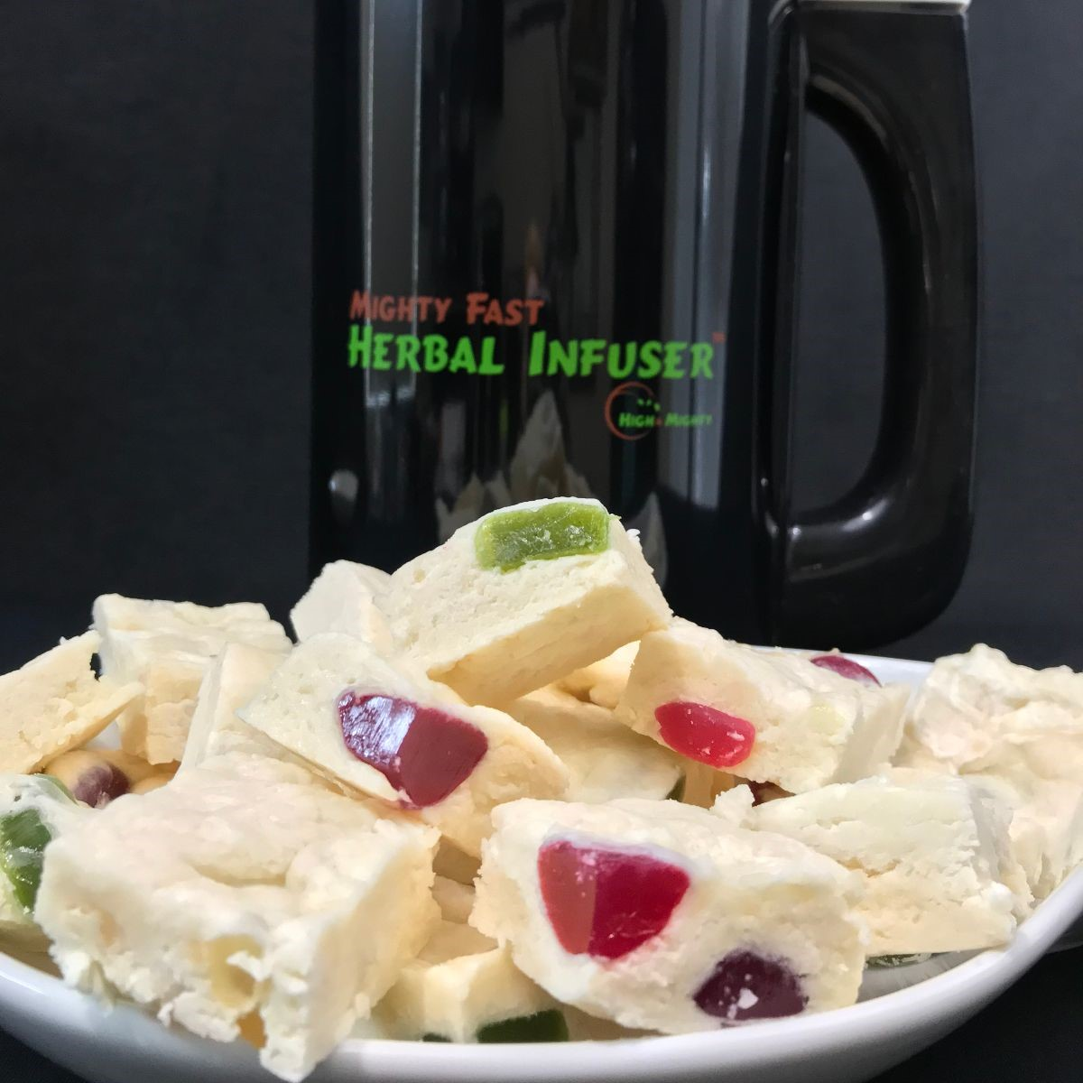 """""""It's not called MIGHTY FAST for nothing, Process took 45 minutes. No guess work,  just follow directions. Edibles were incredible""""-robin–USE Code """" chef420 """" for $30.00 OFF!!   https://t.co/Eu0x9NNC5G   #Chef420 @herbalinfuser #Edibles #Medibles #Happy420 #420day #420blazeit https://t.co/7lNrYxJm2G"""