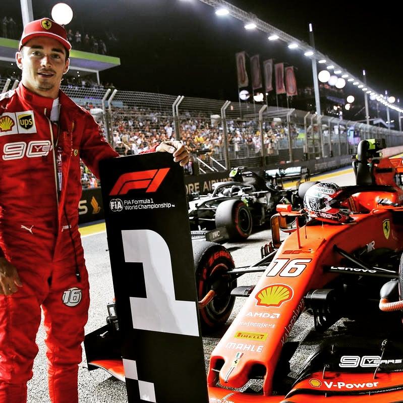 Сегодня день рождения пилота скудерии Феррари Леклера. Поздравляю, волшебник)  #HappyBirthday #leclerc  #Ferrari  #scuderiaferrari https://t.co/MPsEAicwQq